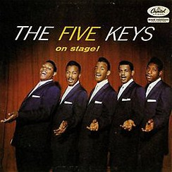 five_keys_on_stage